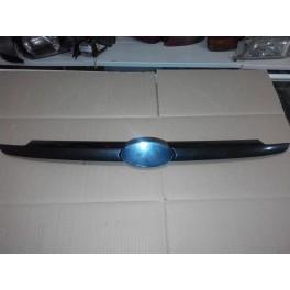 Молдинг решетки радиатора Hyundai Getz (Хундай Гетц)