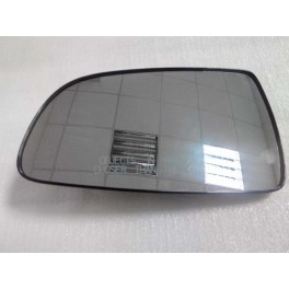 Зеркальный элемент правый без обогрева на Chevrolet Aveo T200, T250, T255