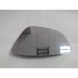 Зеркальный элемент левый с обогревом на Volkswagen Jetta VI (Фольцваген Джетта 6)