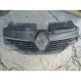 Решетка радиатора на Renault Logan 2 (Рено Логан) 623107605 5100