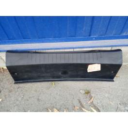 5531 Кожух замка багажника на Peugeot 408 9675838377