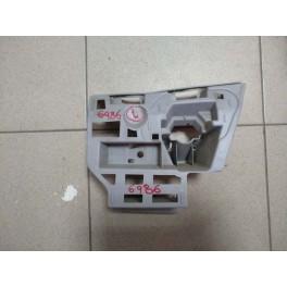 6986 Крепление форсунки омывателя левое на Skoda Octavia A7 ( Шкода октавия А7 ) В наличии 5e0807055