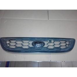 Решетка радиатора в капот Subaru Traviq (Субару Трэвик)